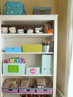 DIY Craft Room Organizing - Organized 31 #sponsored  - with fun craft spring wood surfaces #madewithmichaels #plaidcrafts @michaelsstores