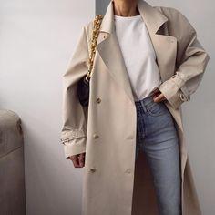 Black Women Fashion, Womens Fashion For Work, Look Fashion, Fashion Outfits, Fashion Tips, Fashion Ideas, Autumn Winter Fashion, Spring Fashion, Look T Shirt