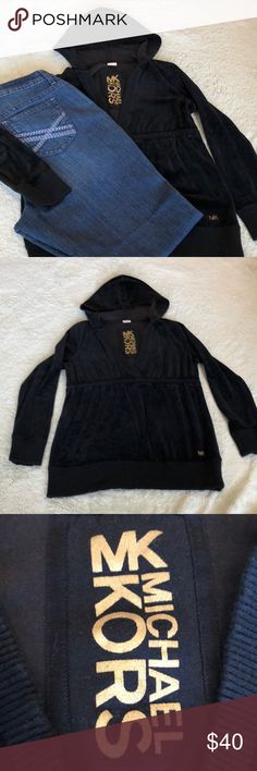 Michael Kors Black pullover with hoodie V neck with a more sinched waist. Please see pictures. Good Condition Michael Kors Sweaters V-Necks