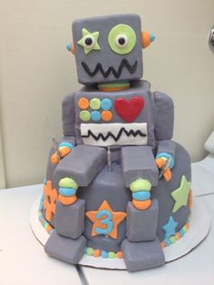 Robot cake for kids — but change the color of the bottom tier Childrens Birthday Cakes