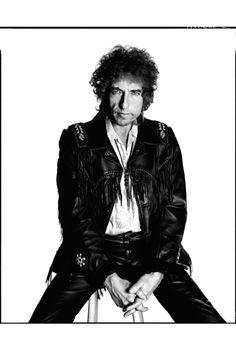 Bob Dylan, 1986 photographiée par David Bailey http://www.vogue.fr/culture/en-vogue/diaporama/david-bailey-en-images-et-en-legendes/6881#bob-dylan-1986