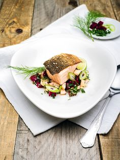 lock.stoff - photographie, salmon confit on fennel-beetroot-mango-salad with...