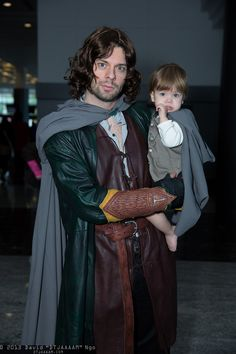 Aragorn and Frodo Baggins, Fan Expo Vancouver 2013 - Sunday