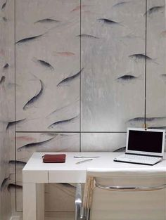 This is some of the Coolest Wallpaper I've ever seen . . .Contemporary Japanese & Korean - De Gournay.   (Follow the link)