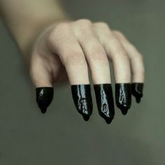 Dipped  Photography / S A N G . B L E U #hands #paint #black