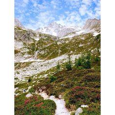 Lago Pigne Mount Rainier, Hiking, Mountains, Instagram Posts, Travel, Switzerland, Tourism, Walks, Viajes