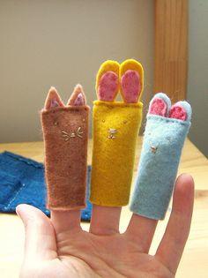 Fingerpüppchen / Fingerdolls by das-wolkenschaf, via Flickr