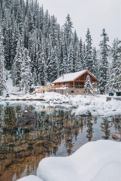 How perfect is this cabin? Clear water and snow for days! snow 22 Must See Winter Cabins Deep In The Woods - Deluxe Timber Snow Cabin, Winter Cabin, Winter Love, Winter Snow, Winter Day, Winter Holidays, Fotos Wallpaper, Beautiful Places, Beautiful Pictures