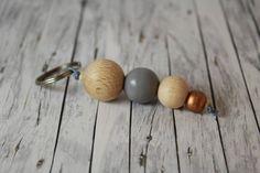 Geo - Schlüsselanhänger Holzkugeln bronze grau geometrisch Holz von buntezeiten auf Etsy