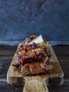 Recept: heerlijke short ribs uit de oven - http://benineskitchen.com/short-ribs-uit-de-oven/