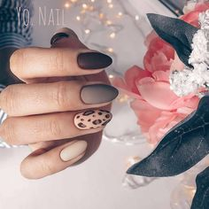 60 Amazing Festive Christmas Nail Art Designs 50 Amazing Festive Christmas Nail Art Designs – Trendy animal print nails design for holidays Simple Nail Art Designs, Best Nail Art Designs, Beautiful Nail Designs, Animal Nail Designs, Trendy Nail Art, Cool Nail Art, Nailart, Animal Nail Art, White Nail Art