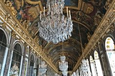 The Versailles Palace: the mirrors room.