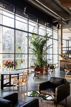 Fosbury & Sons​ has taken up residence in the WATT-tower in Antwerp, and have launched a new and high-quality way of working that focuses on the needs of today's generation #workspace