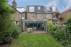 hip to gable loft conversion wimbledon : Modern houses by nuspace