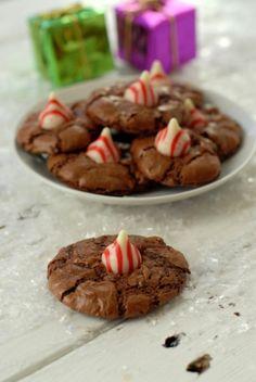 BoulderLocavore.com Chocolate Truffle Peppermint Kiss Cookie 111