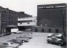 This is the warehouse before renovations. it was originally used for the manufacture of hardware, then of dry goods.