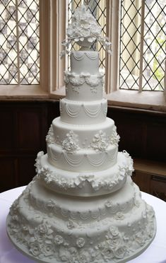 From Hall of Cakes in the UK -all white wedding cake with beautiful piping and s. - From Hall of Cakes in the UK -all white wedding cake with beautiful piping and sugar icing details - Victorian Wedding Cakes, Extravagant Wedding Cakes, Luxury Wedding Cake, Amazing Wedding Cakes, White Wedding Cakes, Elegant Wedding Cakes, Wedding Cake Designs, 8 Tier Wedding Cakes, Wedding White