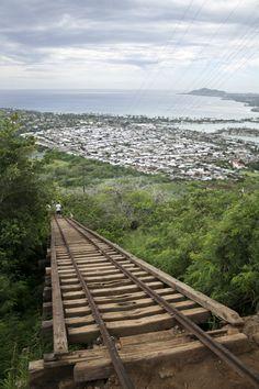 Hawaii | Travel | Hawaii Hikes | Adventure | Hiking Trails Hawaii | Adventure Hawaii | Koko Head Stairs Hawaii | Hawaii Trails | Abandoned Hawaii