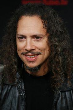 http://www4.pictures.gi.zimbio.com/Kirk+Hammett+Rock+Hall+Fame+Announces+2009+fYDBnJMmMugl.jpg
