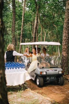 Fun champagne fueling station on the way to the church // Jenelle Kappe Photography