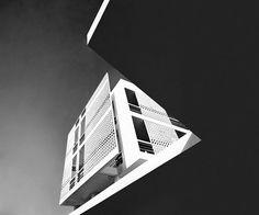 Apartments building by architect Nicos Valsamakis, 272 Kifissias Av., Chalandri, Athens, 1958