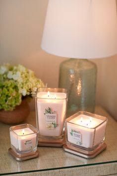 Terrific Absolutely Free luxury Candles Suggestions As with all candles, the first burn is the most important. To begin, candles should burn one hour fo Home Candles, Luxury Candles, Best Candles, Diy Candles, Scented Candles, Yankee Candles, Candle Jars, Candle Decorations, Beeswax Candles