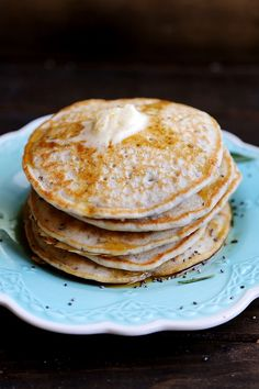 A collection of vegan recipes Dairy Free Recipes, Vegan Recipes, Cooking Recipes, Delicious Recipes, Healthy Vegetarian Breakfast, Good Food, Yummy Food, Pancakes And Waffles, Breakfast Time