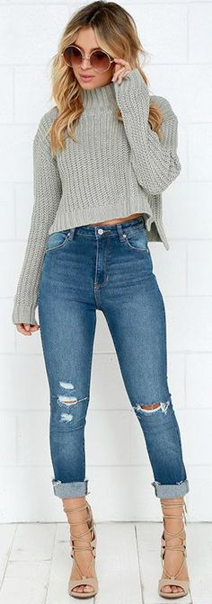 High waisted jeans with cropped sweater