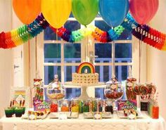 Rainbow party dessert table - tie dye balloons and rainbow garland add to this awesome table! Dessert Party, Birthday Party Desserts, 1st Birthday Parties, Birthday Ideas, 3rd Birthday, Pink Birthday, Dessert Tables, Birthday Decorations, Birthday Cakes