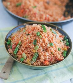 jellof baked rice     |      Save and organize your favourite recipes on your iPhone and iPad with @RecipeTin! Find out more www.recipetinapp.com    #recipes #vegan #rice