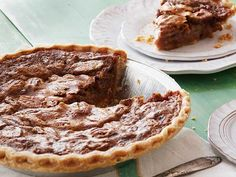 Sandra Lee's Bourbon Pecan Pie  #Thanksgiving #ThanksgivingFeast #Dessert