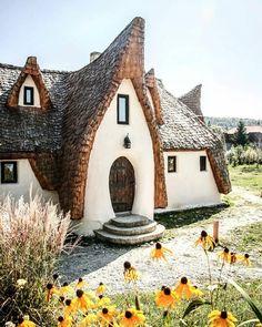 🏰Castle👑 /Castelul de Lut Valea Zanelor🌻Poralumbacu de Jos 🌾 Romania Congrats @danualex4 Use #map_of_europe #Romania