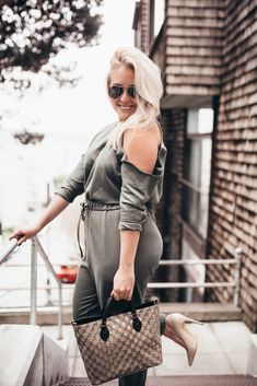 The perfect travel jumpsuit - When you want to look cute, but still want to be comfortable #TravelStyle #Jumpsuit #ASOS
