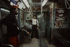 Metro em Nova York, 19881 - Christopher Morris. Violência e vandalismo #urbano #fotografia