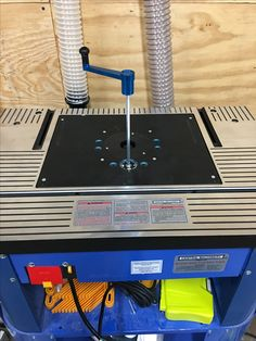 Modifying a harbor freight 91130 to use a standard router home harbor freight router table hack keyboard keysfo Images