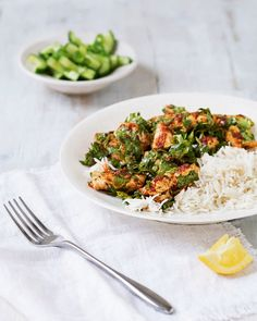 2 Easy Homemade Caramel Popcorn Recipes This Quick Chicken Recipe Is Cooked With Harissa, Cumin And Coriander Then Served With A Cucumber Salad. Quick Chicken Recipes, Quick Meals, Chicken Meals, Turkey Recipes, Cucumber Recipes, Cucumber Salad, Cooking Recipes, Healthy Recipes, Healthy Dinners