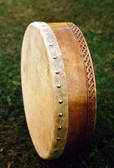 Irish Bodhran - skin drum: history & info. -- I need one so muuuuch.