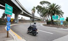 For many new riders, riding on the freeway can be a daunting task. Here are some tips for how to ride a motorcycle on the highway safely. Motorcycle Tips, Motorcycle Camping, Triumph Motorcycles, Custom Motorcycles, Custom Baggers, Tire Tracks, Different Points Of View, Open Face Helmets, Dirt Bike Girl