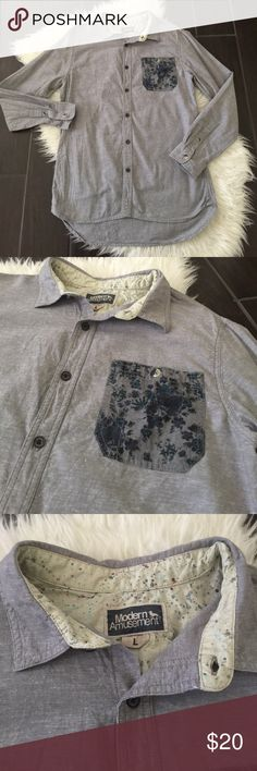 Modern Amusement chambray floral shirt. Chambray Excellent used condition Men's size Large Modern Amusement chambray like shirt with floral pocket. From PacSun. No holes or stains. PacSun Shirts Casual Button Down Shirts