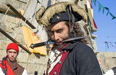 """Durante quatro dias, entre 7 e 9 de julho, a recriação histórica """"Os Piratas"""" regressa ao castelo de Leça da Palmeira (Matosinhos)."""