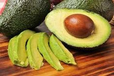 Do you include the superfood avocado in your life? If not, this is the perfect time to start. We've all heard that avocado is healthy, but the many benefits may surprise you. - I eat them daily and haven't been sick in years! Cholesterol Levels, Healthy Fats, Healthy Recipes, Superfood Recipes, Stay Healthy, Healthy Weight, Healthy Heart, Healthy Brain, Healthy Dieting
