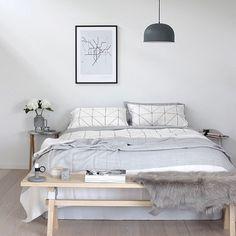 On point bedroom Sweet dreams #interior #interiordecor #interiorstyling #interiordesign #interiordesigner #interiordecorating #modern #modernstyle #modernliving #love #home #homedecor #homestyle #homedesign #homeinspireaus #share #style #stunning #stylemyhome #sharemystyle #decor #design #decorate #decorating #decoratingideas #sleep #bedroom