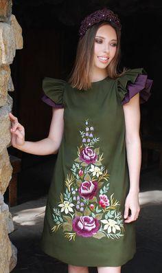 """Exclusive Dress with Handembroidery """"Dance of the flowers""""   Эксклюзивное платье с ручной вышивкой """"Хоровод цветов"""""""