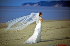 Panna Młoda - Zdjęcia ślubne nie muszą być nudne #wedding #session #bride #weddingdress #weddingphotographer #zdjeciaslubne #slub #fotograf #fotografiaslubna #szysz #pannamloda