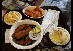 Central Texas barbecue from a Pearland, Texas, restaurant.(Photo: Zach Garner)