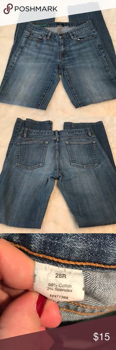 """J Crew jeans 🔥💋 Above average condition no flaws. Size 28 regular. Boot cut and stretch. 28-30"""" waist 30""""inseam ❌❌firm price ❌❌ J. Crew Jeans Boot Cut"""
