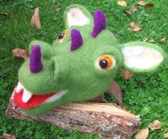 Needle felted dragon. Needlefelt dragon. Dragon hand by Artywool