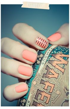Peach nails - The Beauty Thesis essie - tart deco nail color. no stripes Love Nails, How To Do Nails, Pretty Nails, My Nails, Matte Nails, Matte Pink, Subtle Nails, Nail Art Orange, Orange Nails