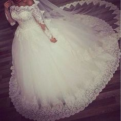 Ball Gown Long Sleeve Lace Tulle Beading Vintage Elegant Formal Wedding Dresses 2018 New Fashion Wedding Gown Custom Made Arabic Wedding Dresses, Wedding Dresses 2018, Formal Dresses For Weddings, Cheap Wedding Dress, Bridal Dresses, Bridesmaid Dresses, Gown Wedding, Dresses 2016, Formal Wedding
