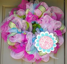 This is the AWESOME wreath my co-worker made for me to give a friend for her baby girl!  I LOVE it!!  Check out her fb page -- Gaudy Girl Designs!
